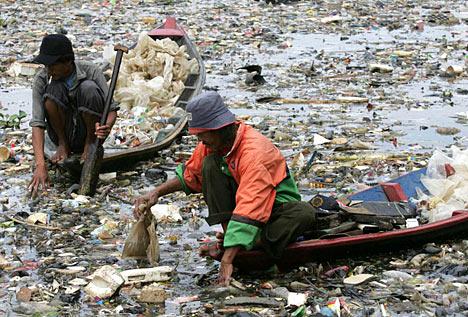 sungai-sampah.jpg